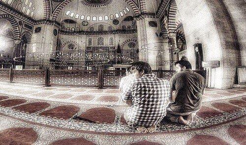 409. Objazan li ja vyjti s namaza srazu posle taslima imama - 409. Обязан ли я выйти с намаза сразу после таслима имама?